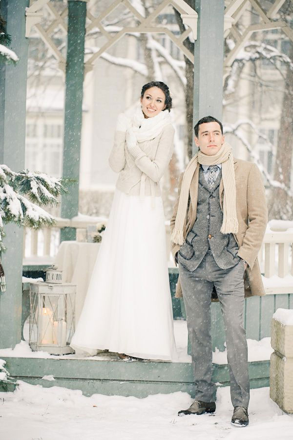 chic-winter-wedding-attire