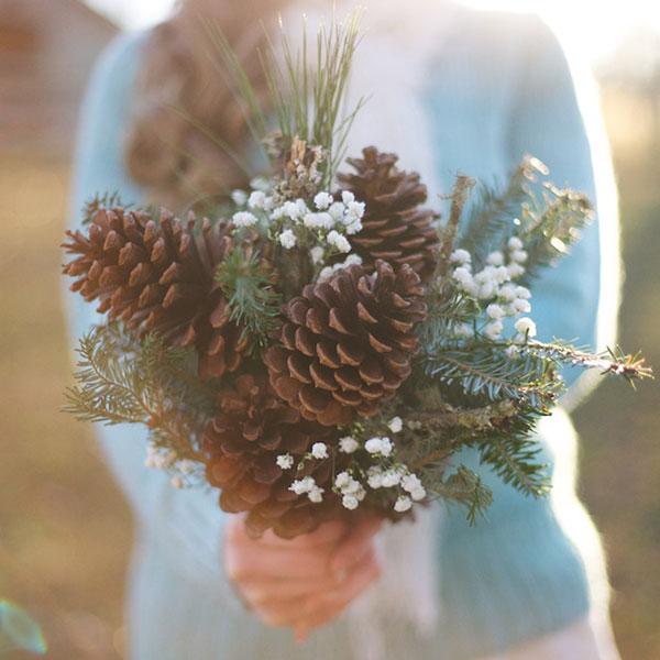 non-floral-bouquets-pinecones-live-view-studios