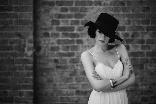 La-Poésie-Bridal-Wedding-Dress-Collection-amorprasempre-wedding-blog-vestidos-de-noiva0