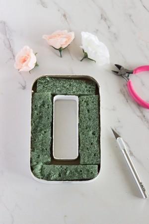 diy-paper-mache-floral-letter-centerpiece-2